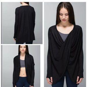 Lululemon | 8/10 | twist and wrap sweater
